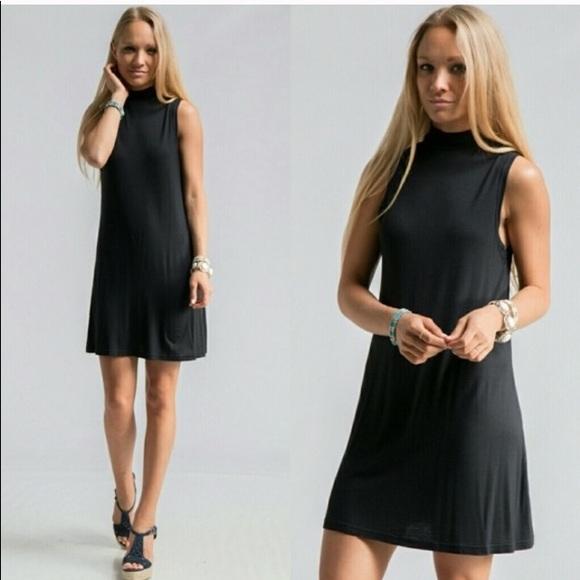 Fashionomics Dresses & Skirts - NIP Boutique Mock Neck Sleeveless Dress S/M